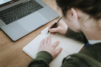 formation en rédaction et stratégie de éditoriale à Caen